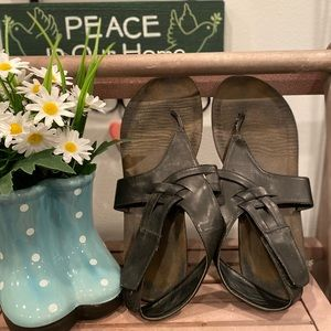 MI AMORE black sandals /size 6